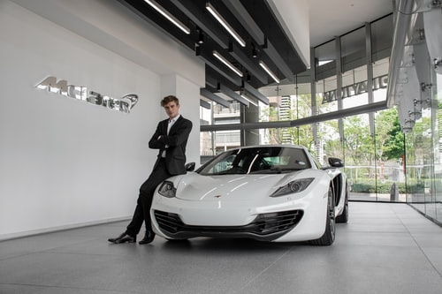 Why Choose Luxury Car Services?